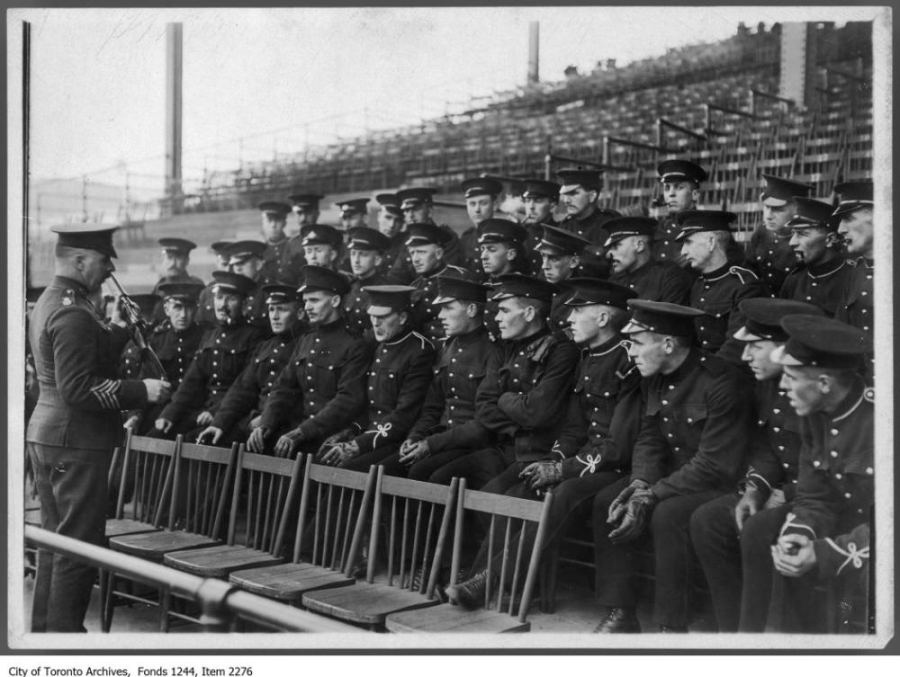 Rifle instruction at CNE grandstand. - [ca. 1914]